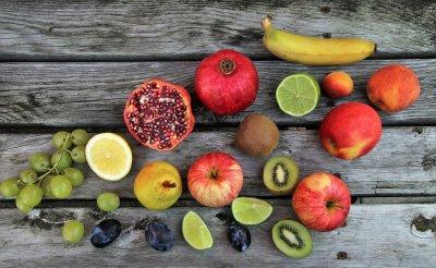 Früchte wie Acerola enthalten viel Vitamin C