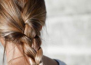 Kieselerde und Perlhirse für schöne Haut, kräftige Haare und schöne Nägel