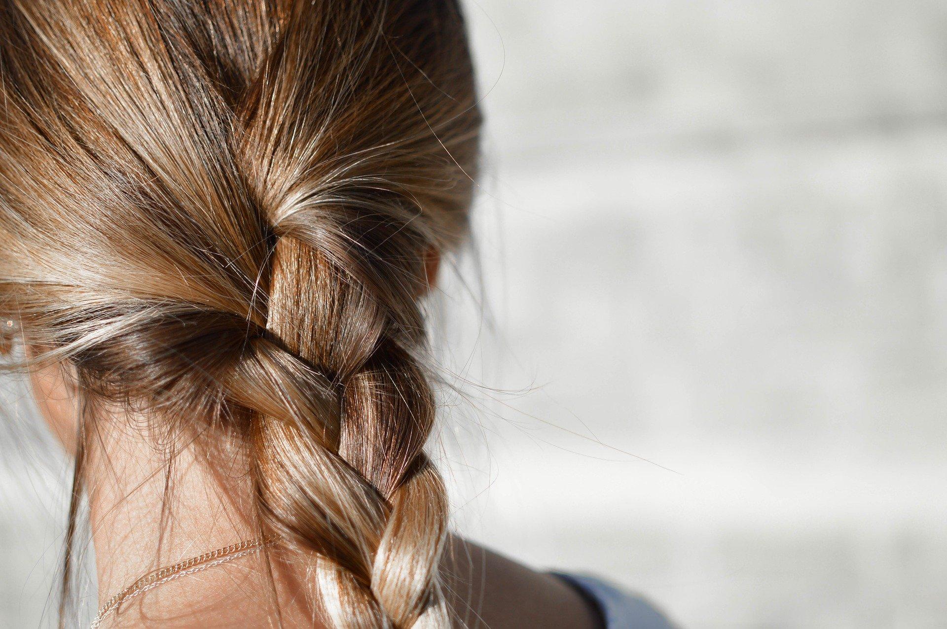 Kieselerde für schöne Haare