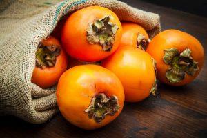 Die exotische Kaki Frucht