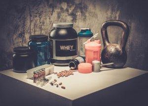 Whey Protein – Eigenschaften, Wirkung und Dosierung