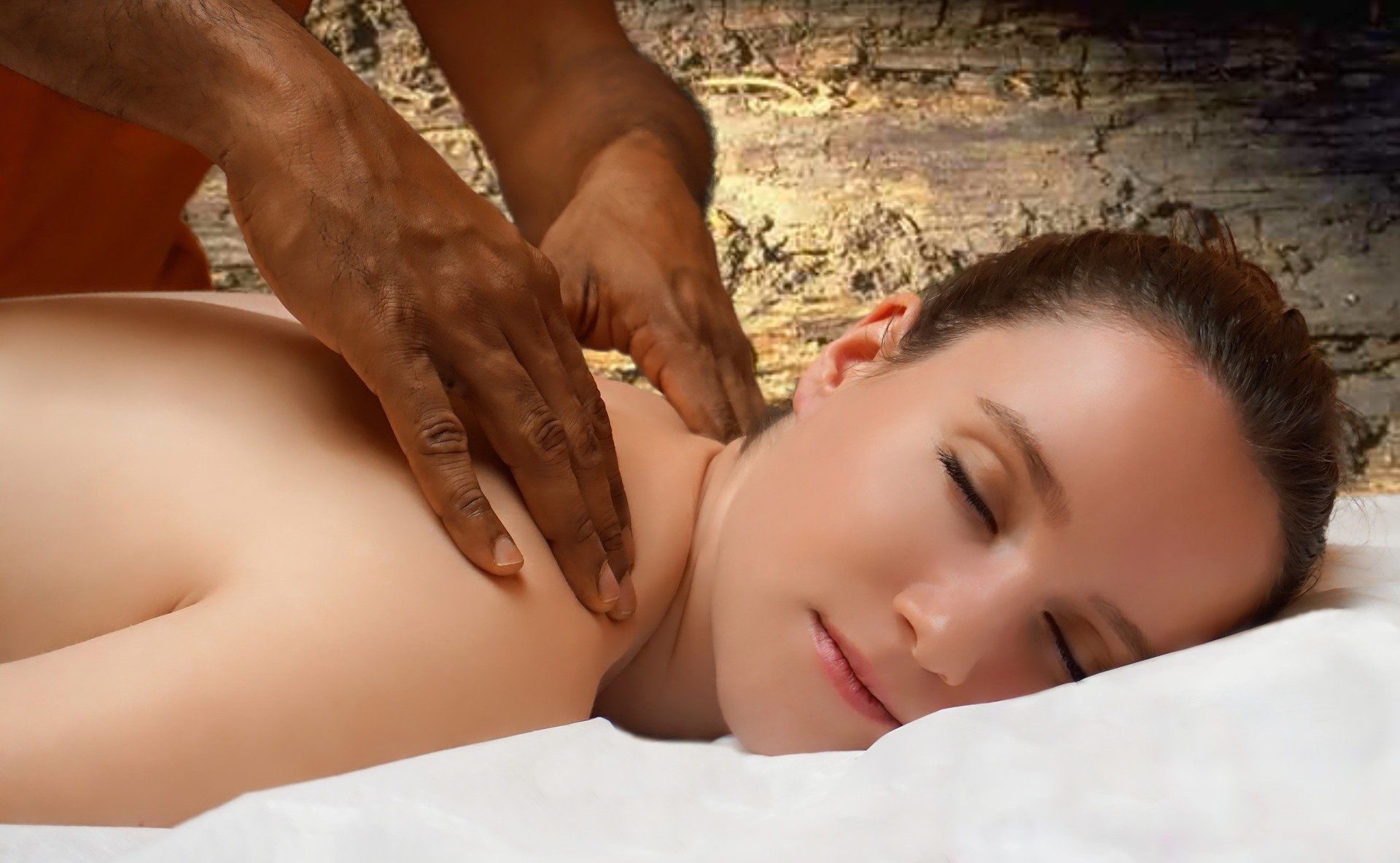 Fit mit Ayurveda und Massagen